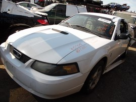 2001 FORD MUSTANG CPE WHITE 3.8L AT F17007
